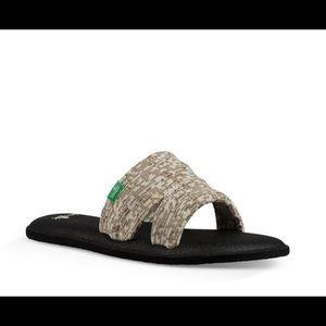 Sanuk Yoga Mat Capri Knit Slide Size 10